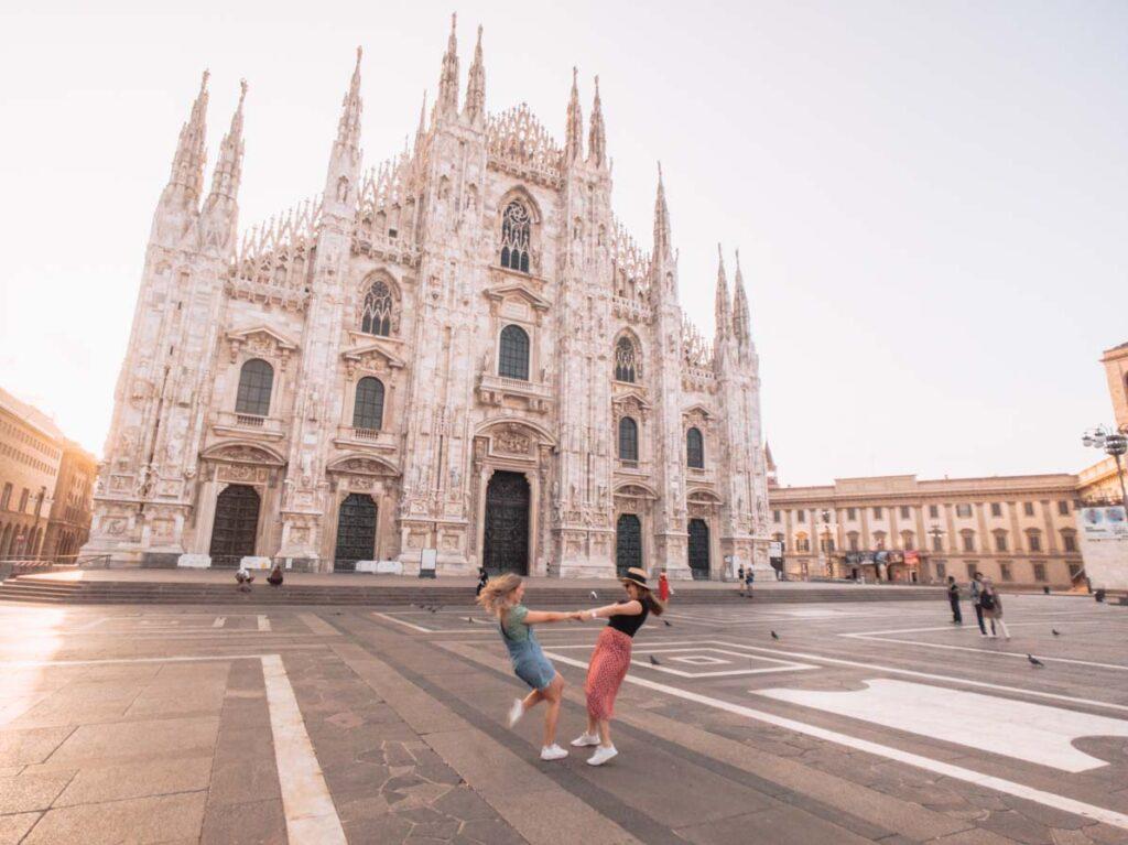 Milan duomo at sunrise