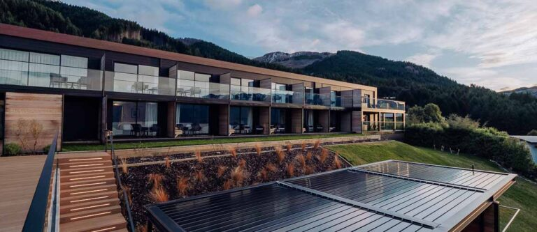 Kamana Lakehouse Queenstown hotel exterior
