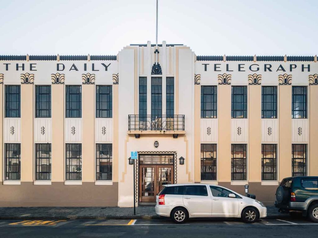 art deco building things to do in napier