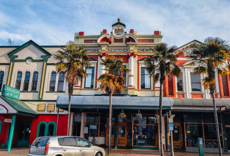 things to do in whanganui heritage buildings