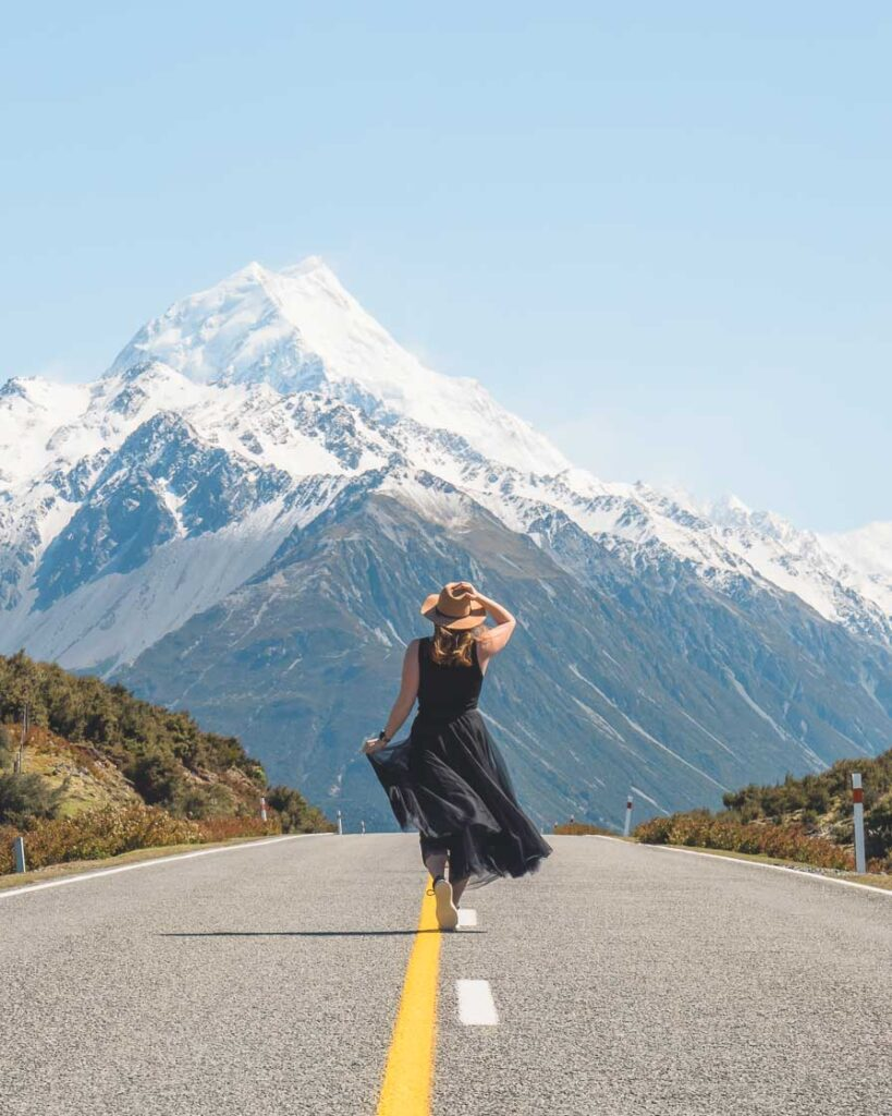 driving from queenstown to christchurch via mount cook